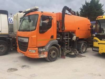Johnston DAF VT651 Auto Dual Sweeper